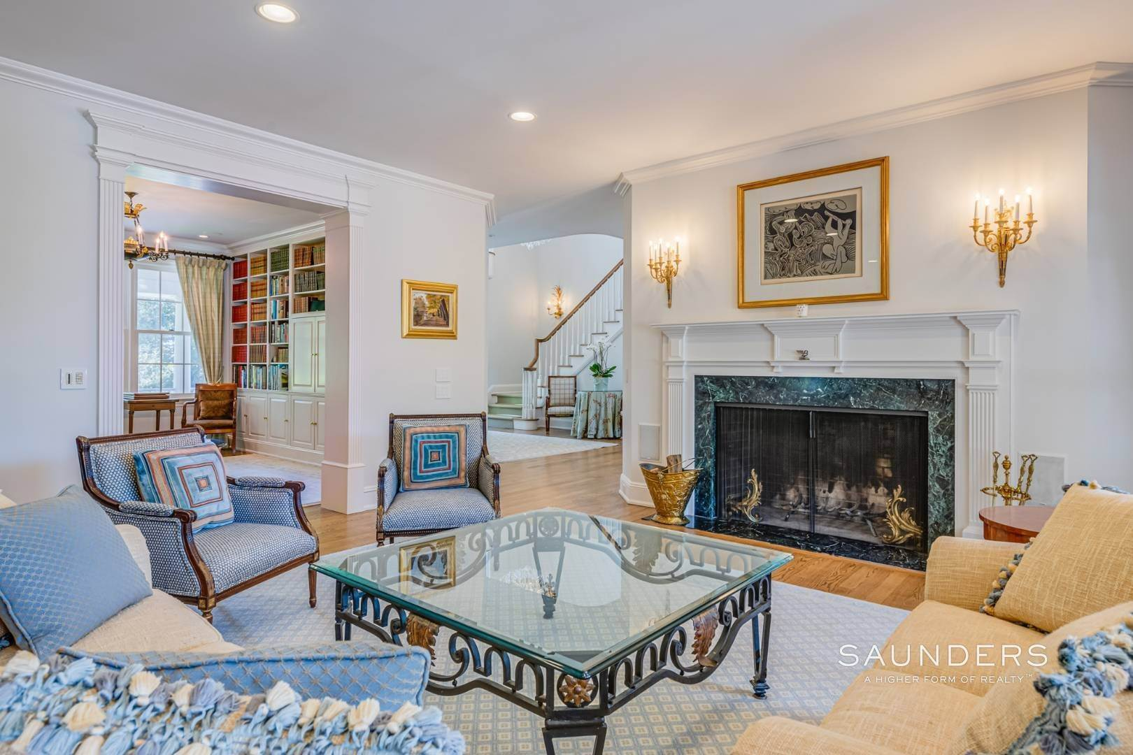 9. Single Family Homes for Sale at Classic Elegance In The Heart Of Quogue Village 68 Quogue Street, Quogue Village, Southampton Town, NY 11959