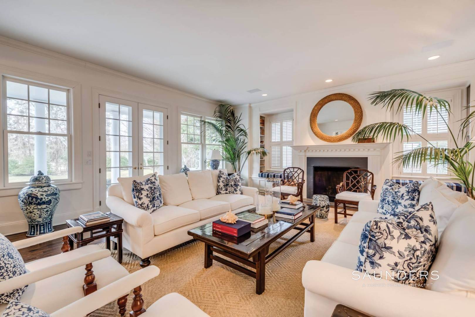 3. Single Family Homes at Luxury Rental In Desirable East Hampton Village In Estate Area 325 Georgica Road, East Hampton, East Hampton Town, NY 11937