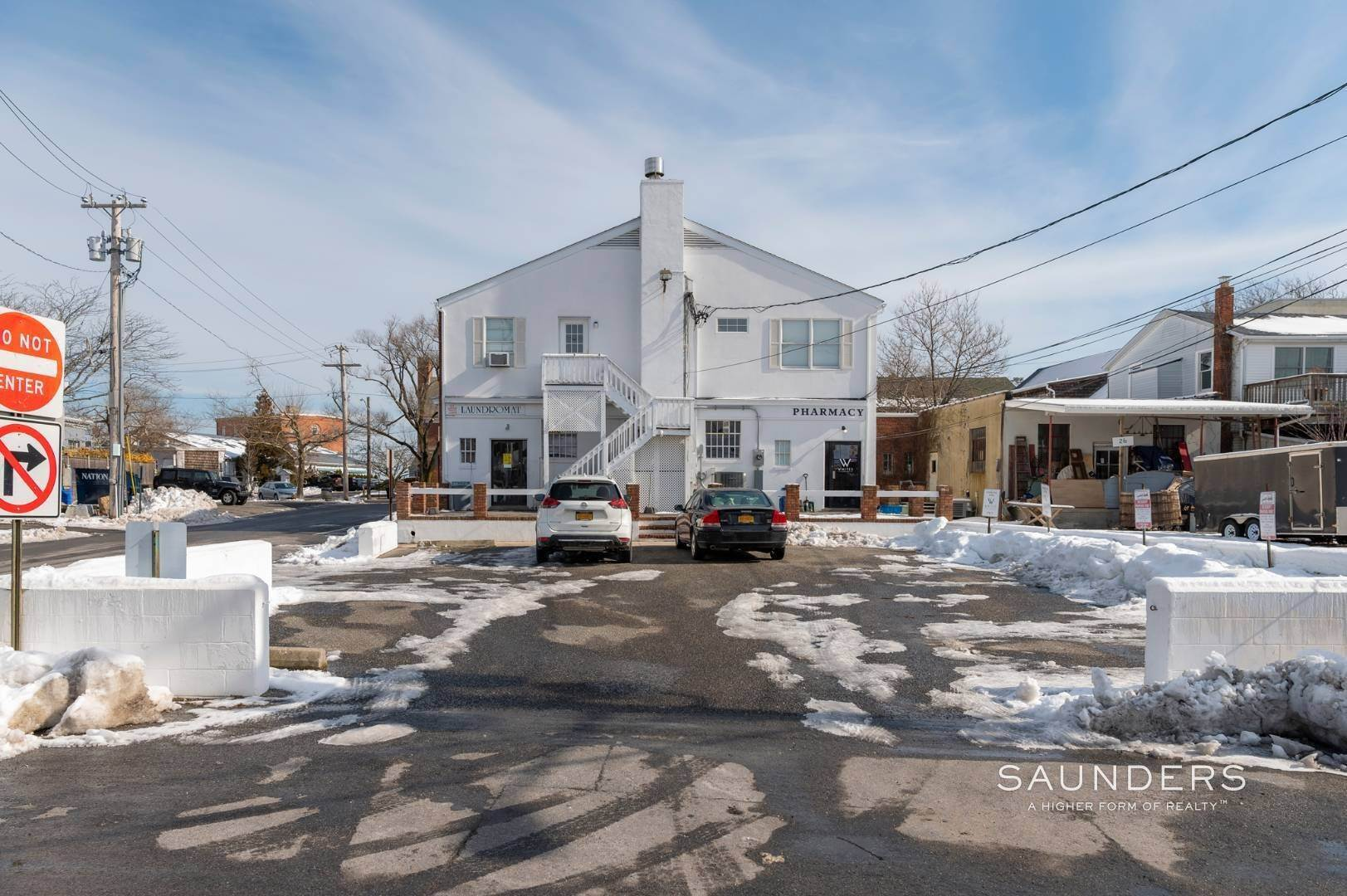 6. Multi-Family Homes for Sale at Sag Harbor Village Mixed-Use Investment Property Sag Harbor, Southampton Town, NY 11963