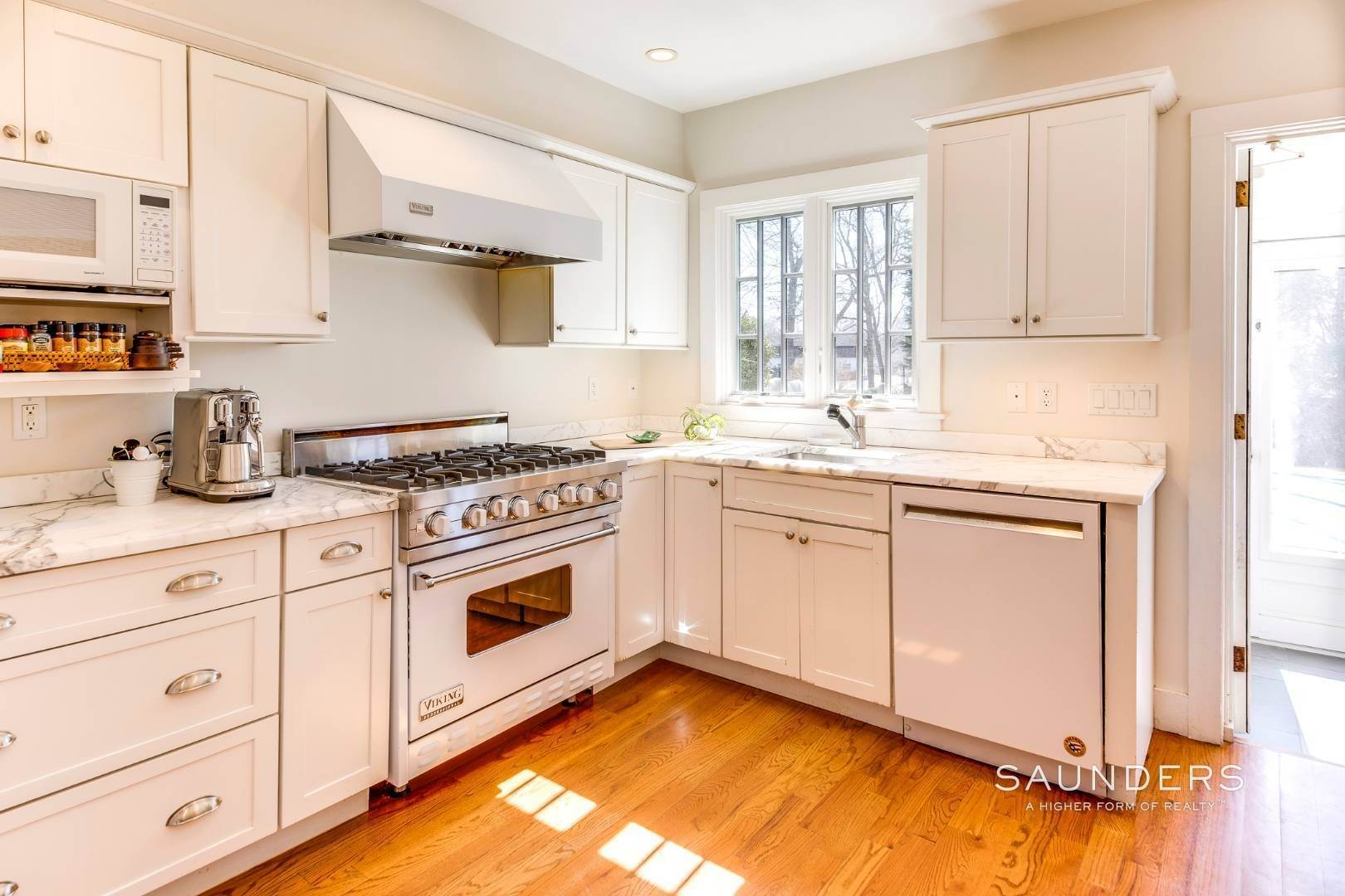 6. Single Family Homes for Sale at Historic Sag Harbor Charm On Rare Half Acre 27 Columbia Street, Sag Harbor, Southampton Town, NY 11963