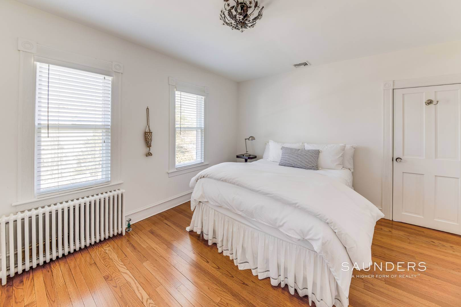 17. Single Family Homes for Sale at Historic Sag Harbor Charm On Rare Half Acre 27 Columbia Street, Sag Harbor, Southampton Town, NY 11963