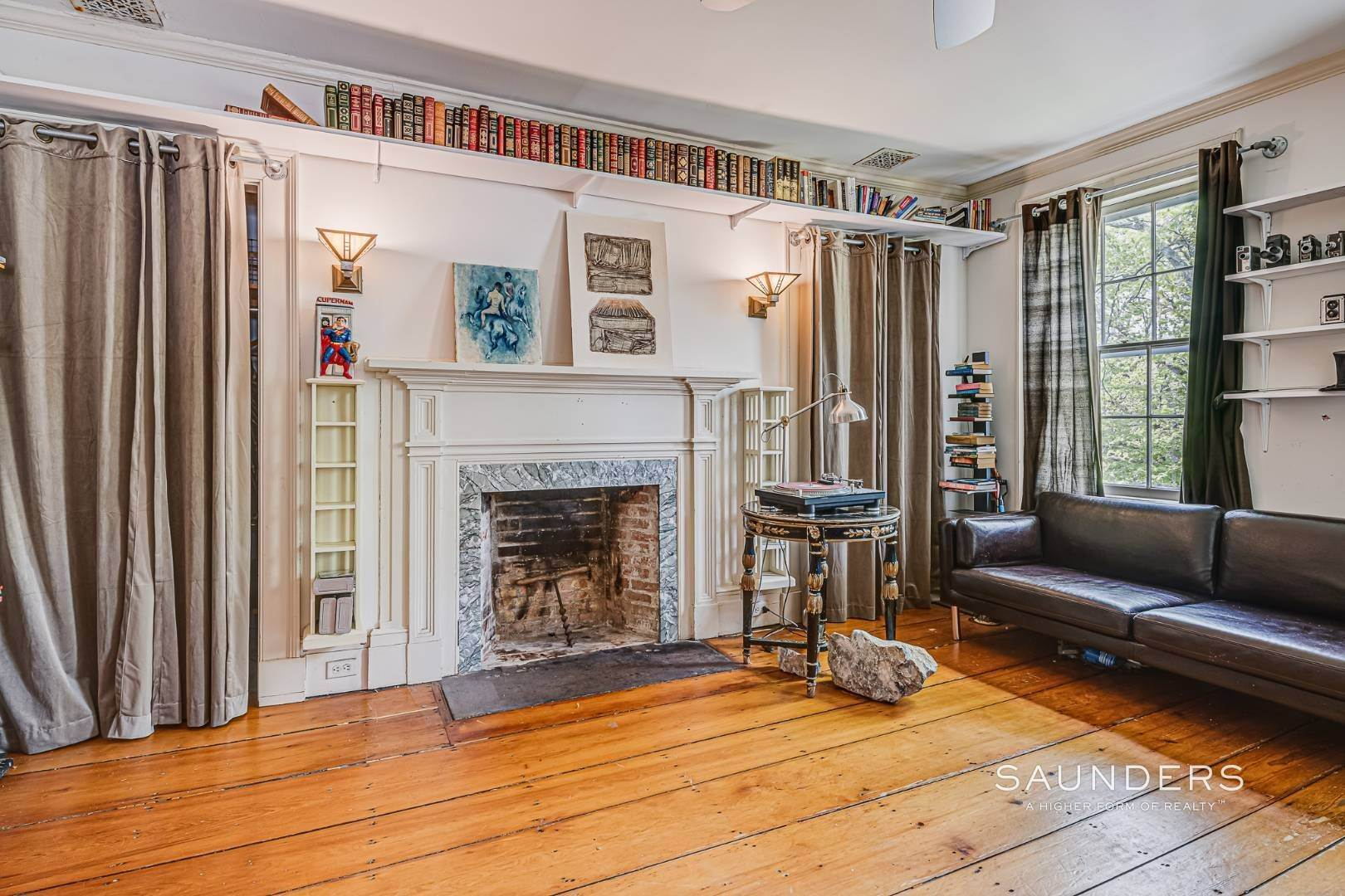 14. Single Family Homes for Sale at Historic Home In Sag Harbor Village 10 High Street, Sag Harbor, Southampton Town, NY 11963
