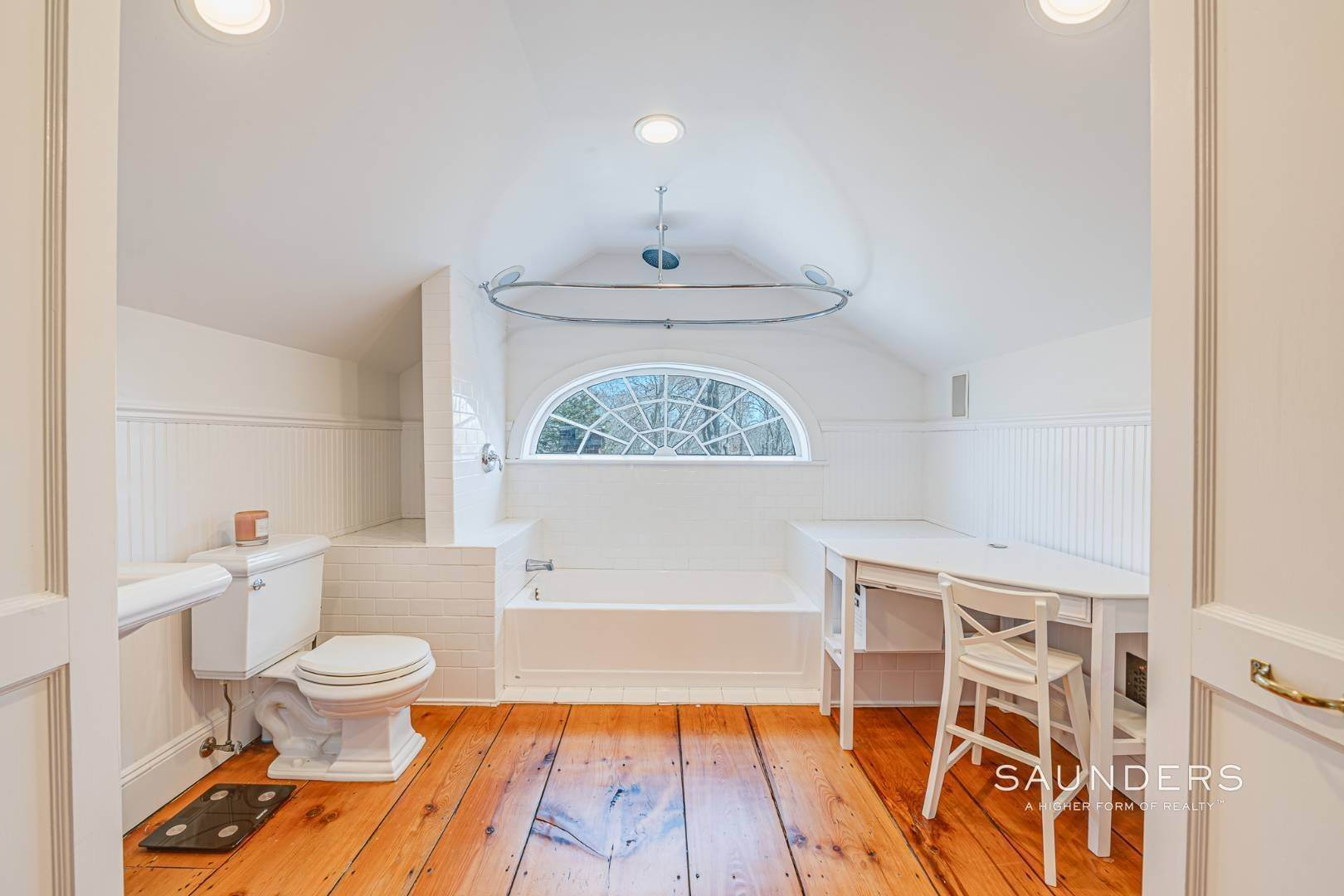 19. Single Family Homes for Sale at Historic Home In Sag Harbor Village 10 High Street, Sag Harbor, Southampton Town, NY 11963