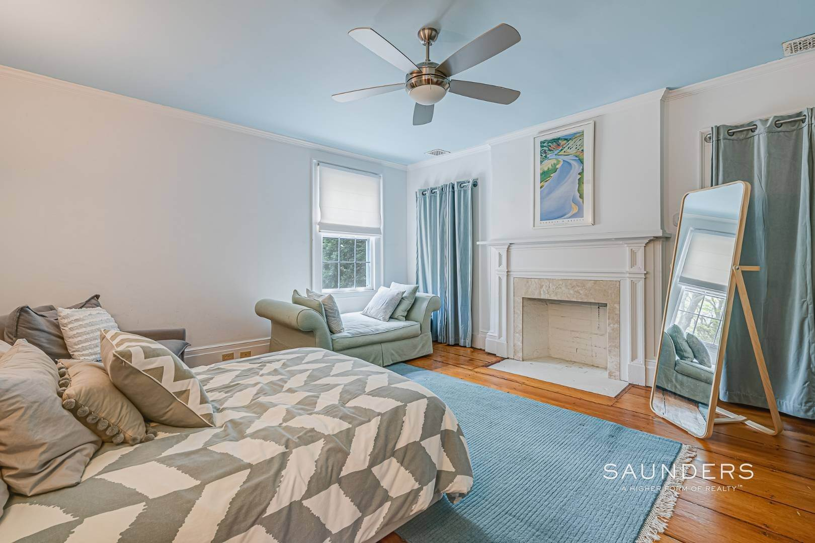 20. Single Family Homes for Sale at Historic Home In Sag Harbor Village 10 High Street, Sag Harbor, Southampton Town, NY 11963