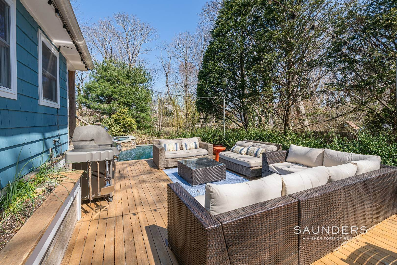 25. Single Family Homes for Sale at Historic Home In Sag Harbor Village 10 High Street, Sag Harbor, Southampton Town, NY 11963
