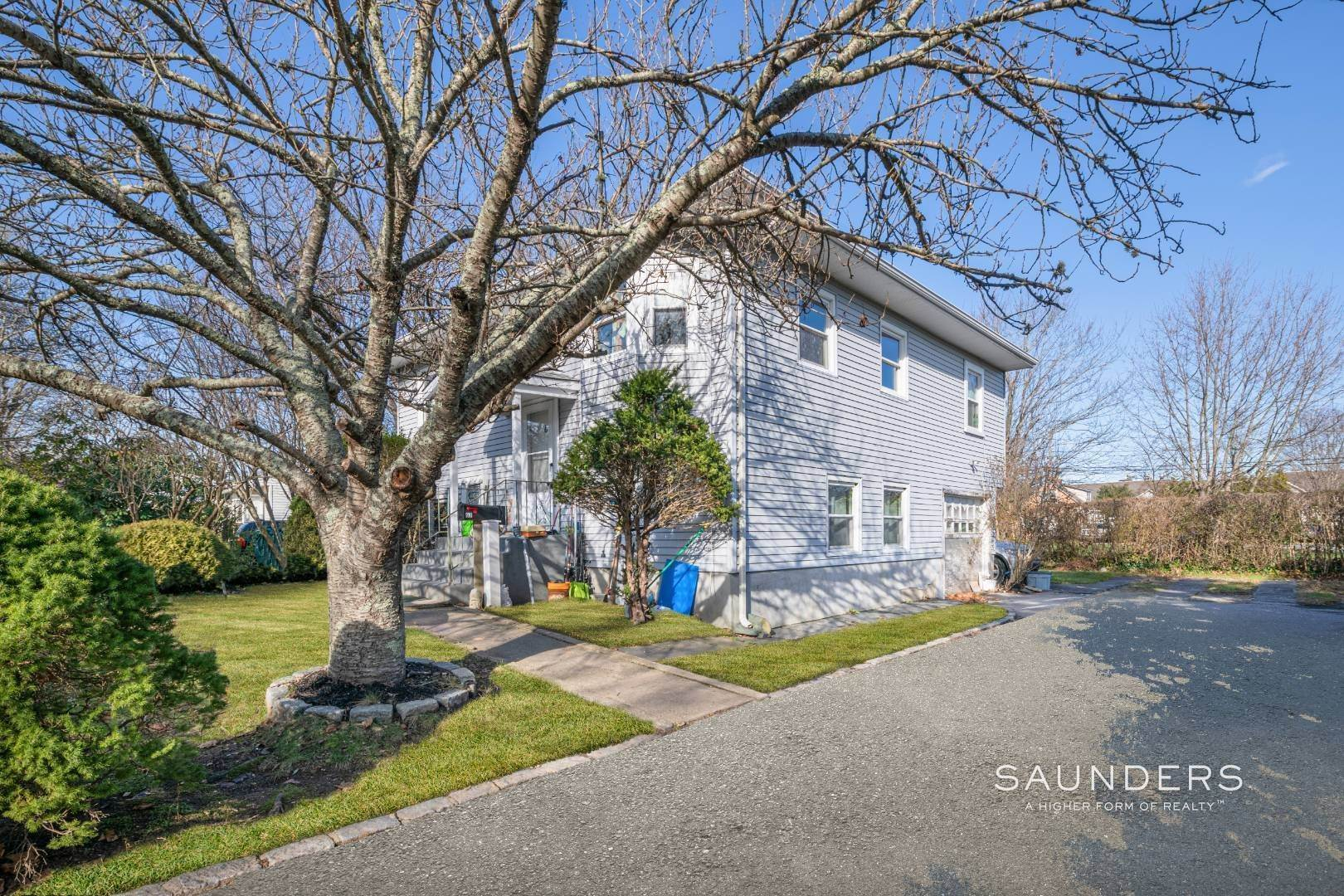 2. Single Family Homes for Sale at Southampton, Southampton Town, NY 11968