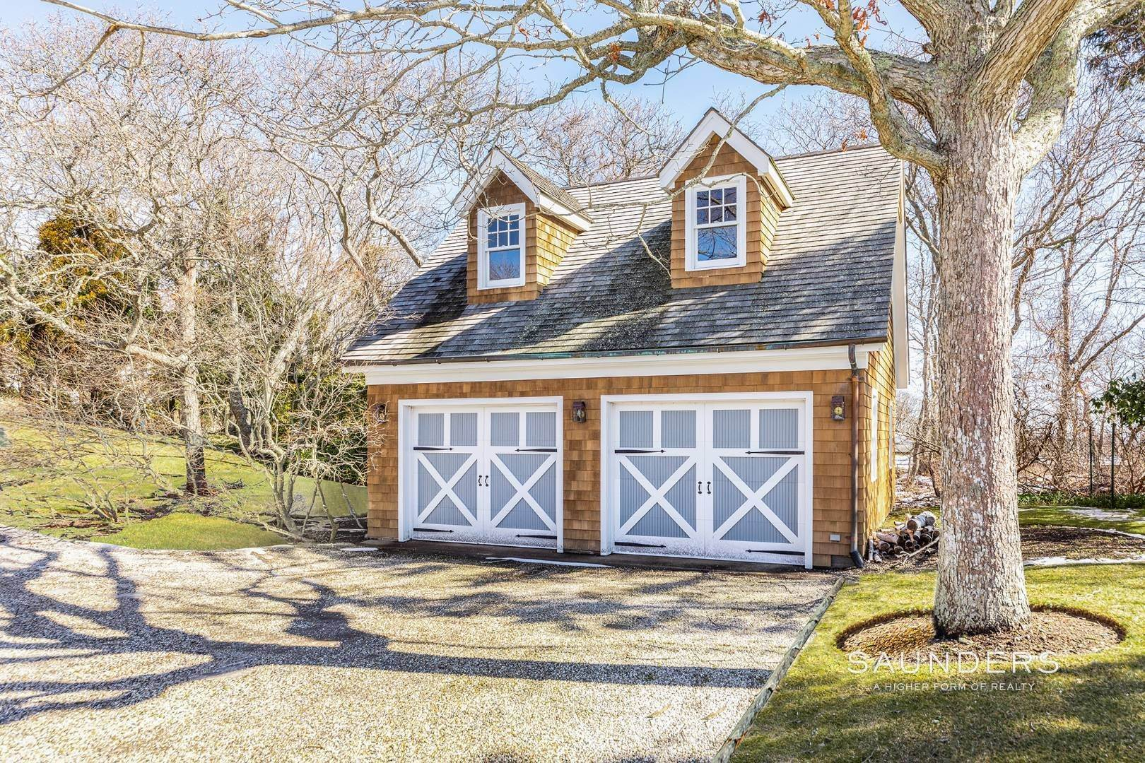 24. Single Family Homes for Sale at Magnificent Montauk With Ocean Views 16 Fir Lane, Montauk, East Hampton Town, NY 11954