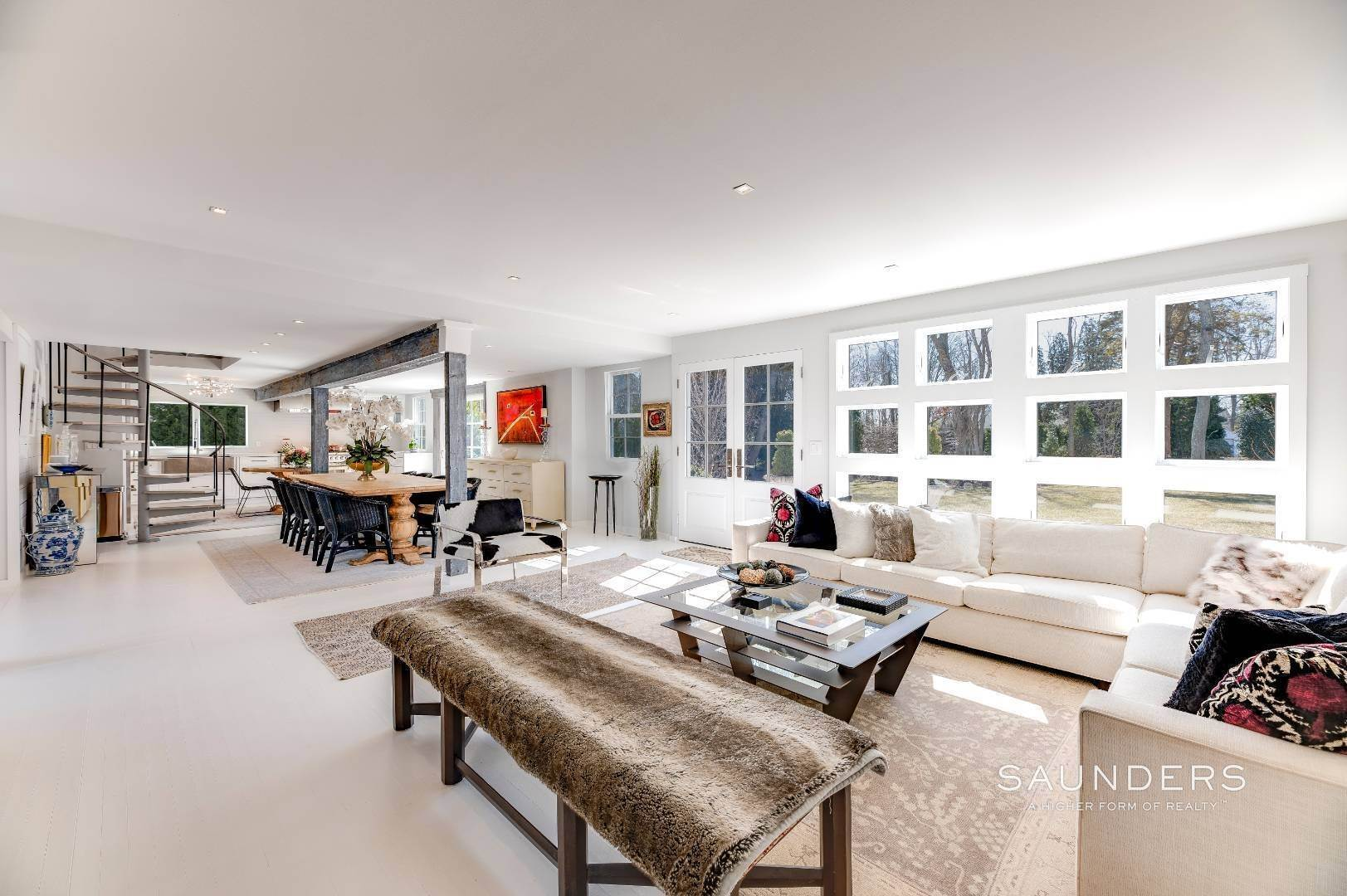 2. Single Family Homes for Sale at Renovated Boutique Barn 407 North Sea Mecox Road, Southampton, Southampton Town, NY 11968