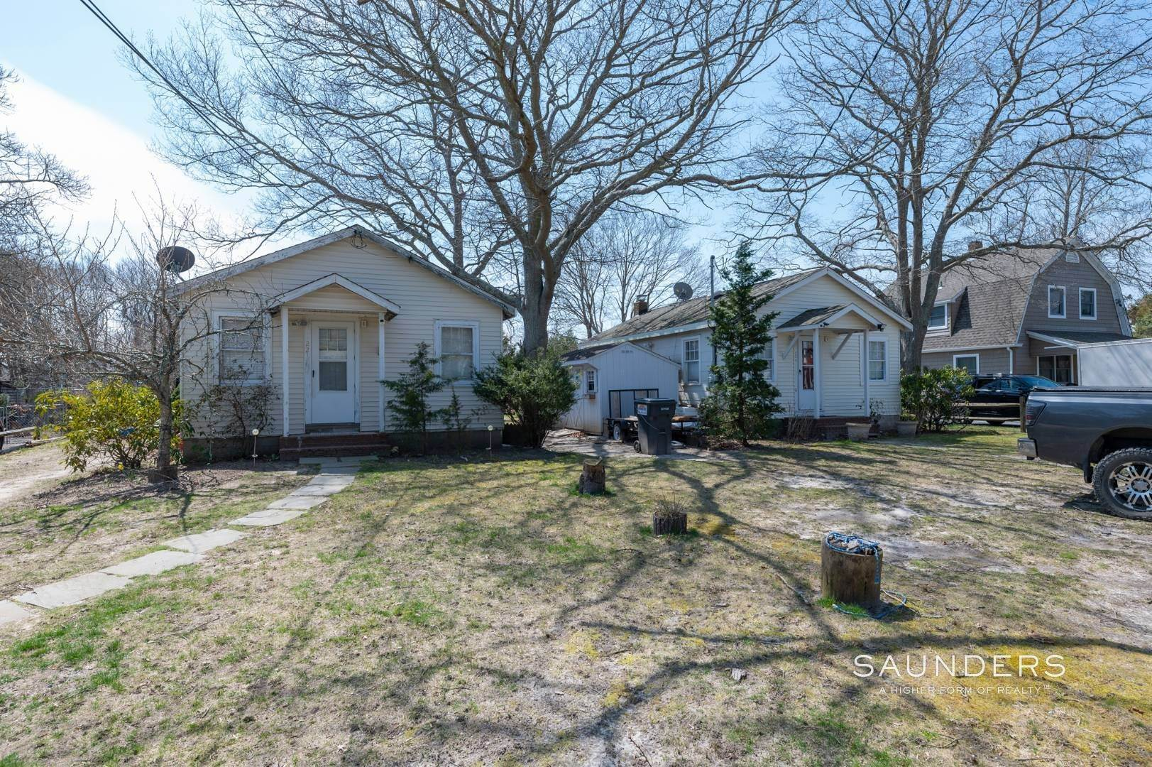 6. Single Family Homes for Sale at Income Producing Property In E. Quogue & Subdivision Opportunity 22 Vail Avenue, East Quogue, Southampton Town, NY 11942