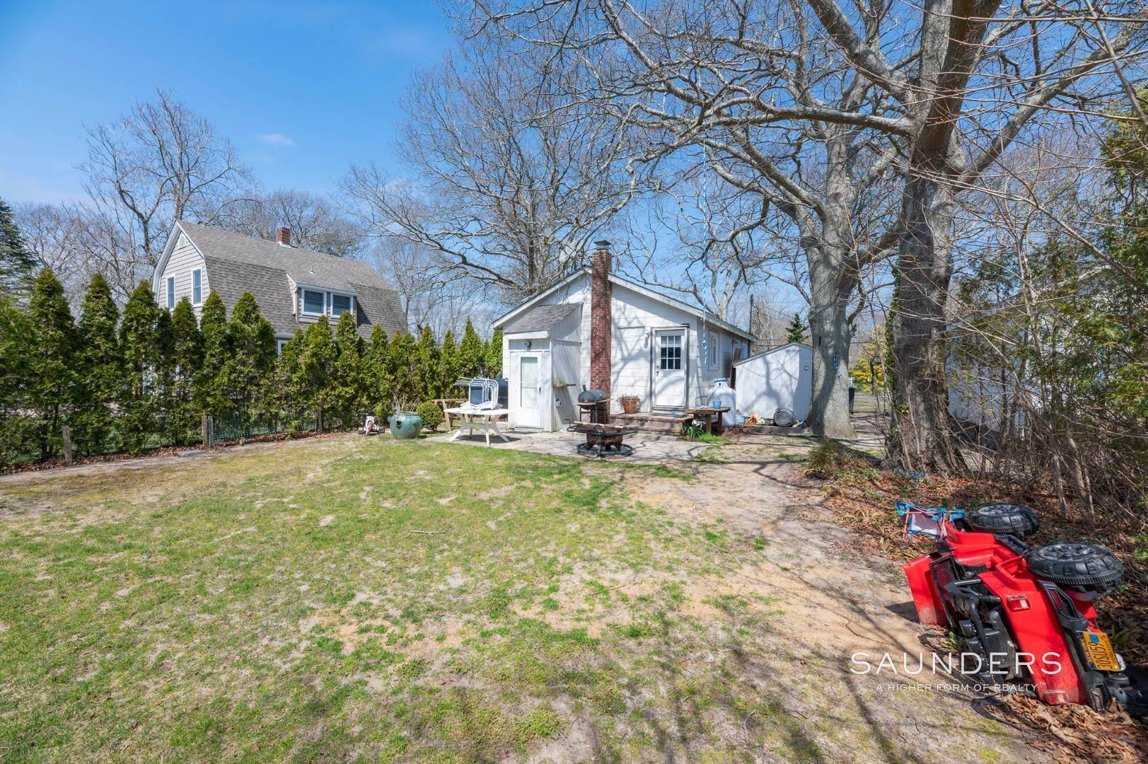12. Single Family Homes for Sale at Income Producing Property In E. Quogue & Subdivision Opportunity 22 Vail Avenue, East Quogue, Southampton Town, NY 11942