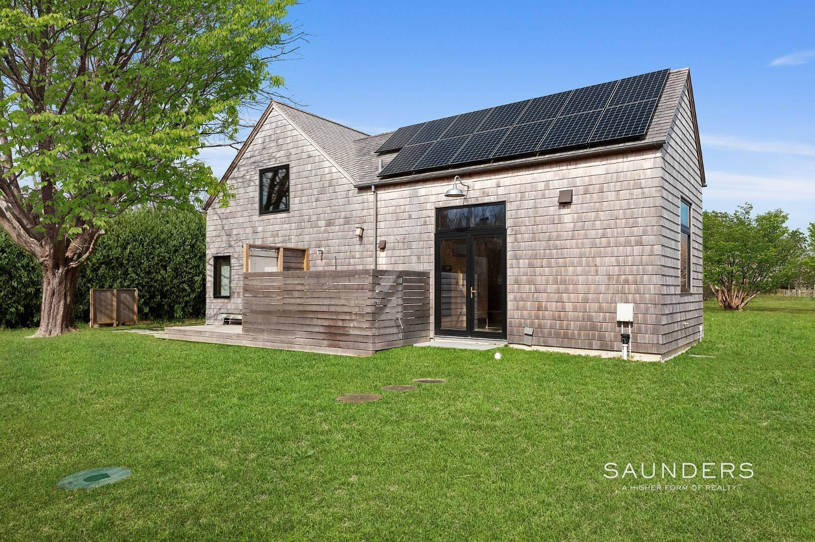 17. Single Family Homes at Sagaponack Climate Barn 25 Daniels Lane, Sagaponack Village, Southampton Town, NY 11962