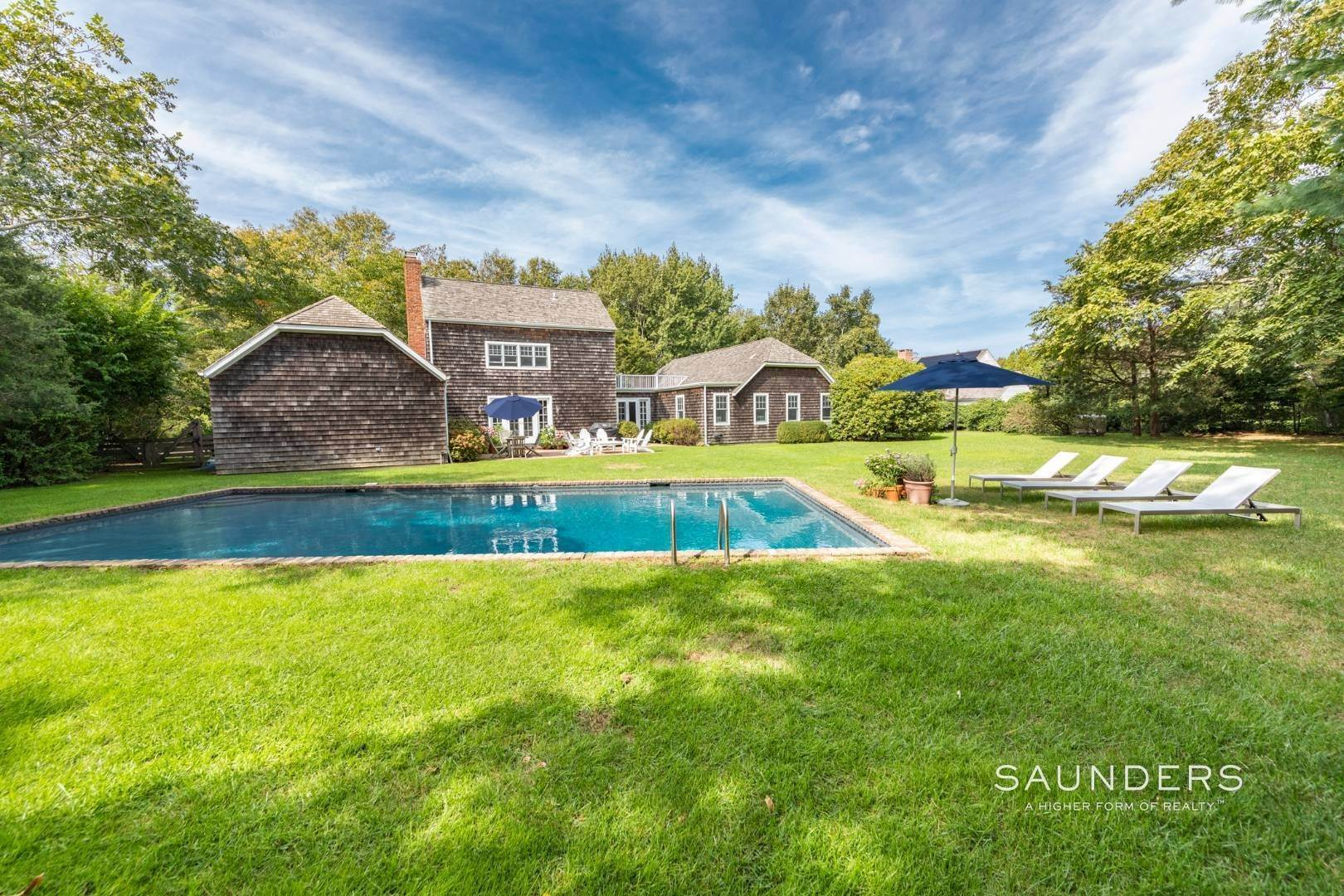 Single Family Homes for Sale at House Of Dreams 39 Toppings Field Court, Bridgehampton, Southampton Town, NY 11932