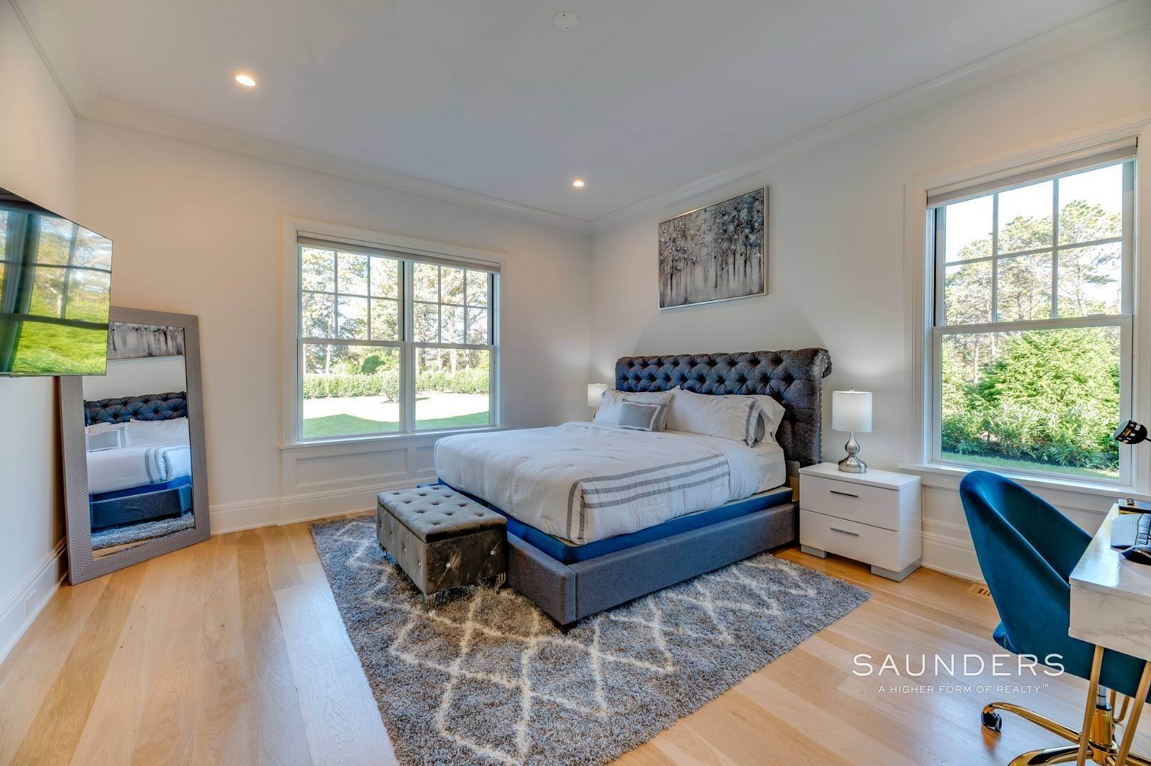 8. Single Family Homes at Gated And Very Private Ultra Luxury Modern Residence Southampton, Southampton Town, NY 11968