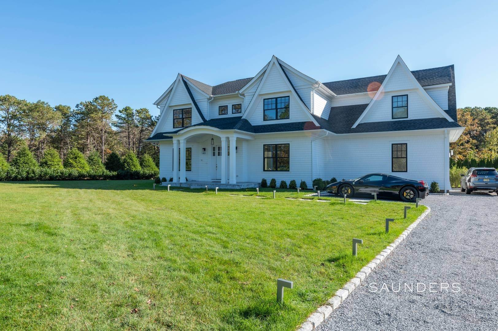 31. Single Family Homes at Gated And Very Private Ultra Luxury Modern Residence Southampton, Southampton Town, NY 11968