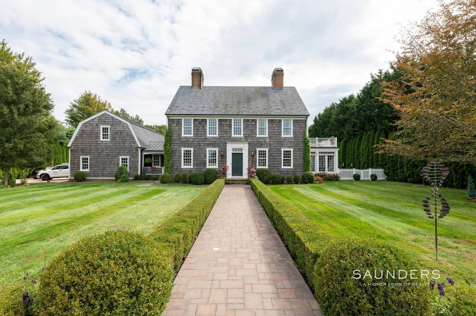 25. Single Family Homes at Estate Level Elegance At The Nowedonah House 631 Head Of The Pond Road, Water Mill, Southampton Town, NY 11976
