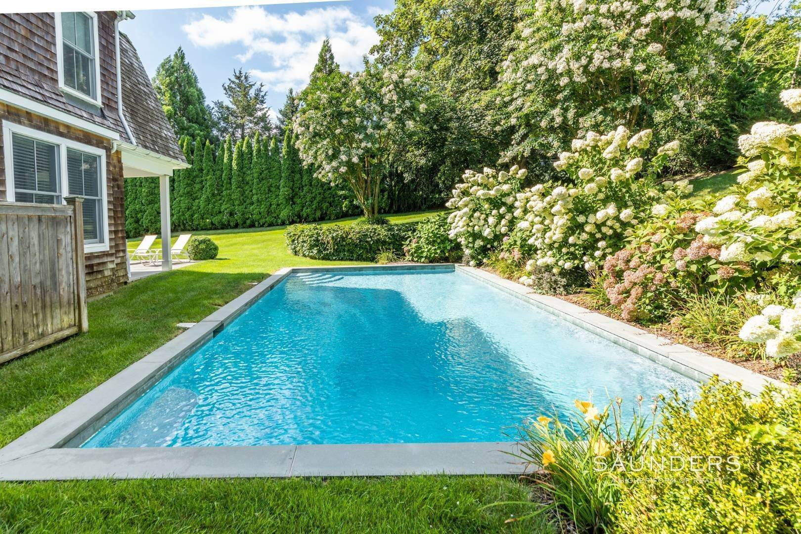 4. Single Family Homes at Almost East Hampton Village 11 Buell Lane Extension, East Hampton, East Hampton Town, NY 11937