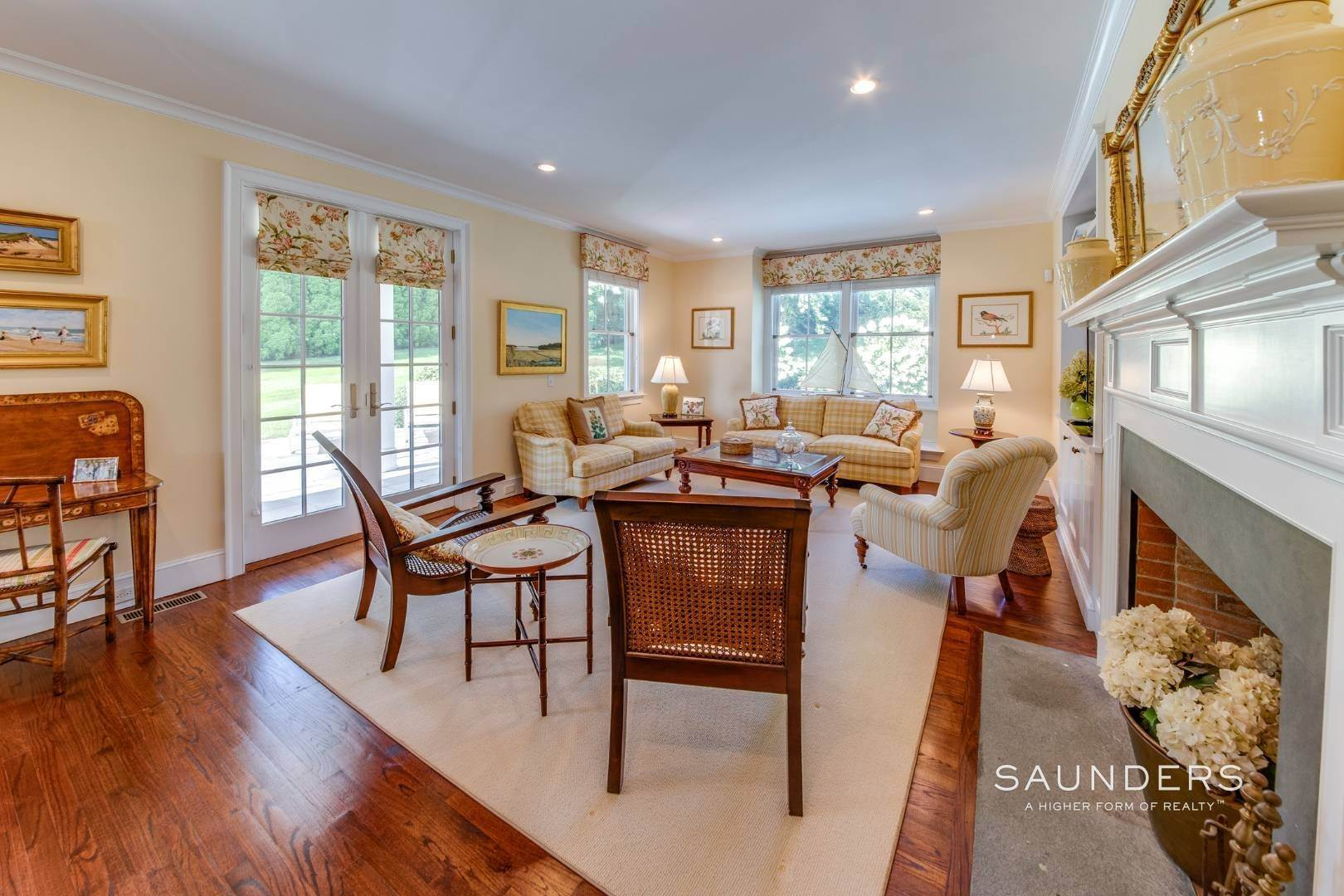 10. Single Family Homes at Almost East Hampton Village 11 Buell Lane Extension, East Hampton, East Hampton Town, NY 11937