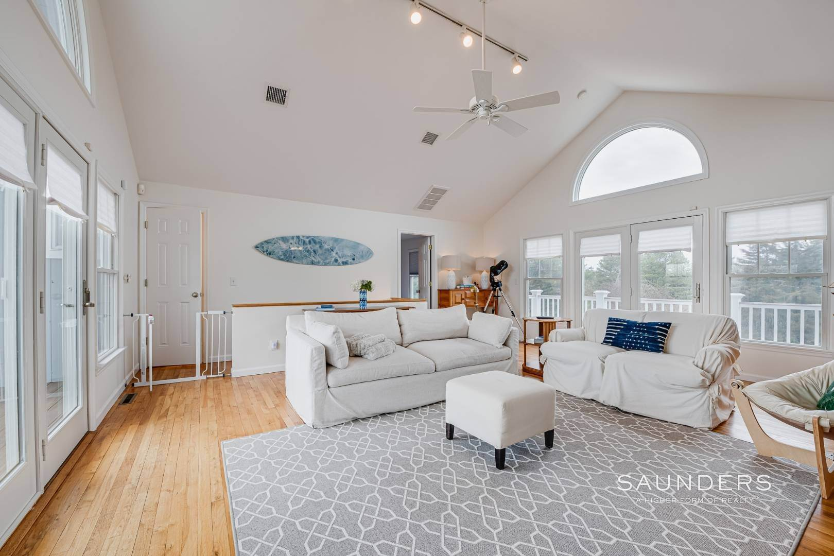 9. Single Family Homes for Sale at Beautiful Southampton Renovation With Pool And Outdoor Kitchen 80 Blackwatch Court, Southampton, Southampton Town, NY 11968