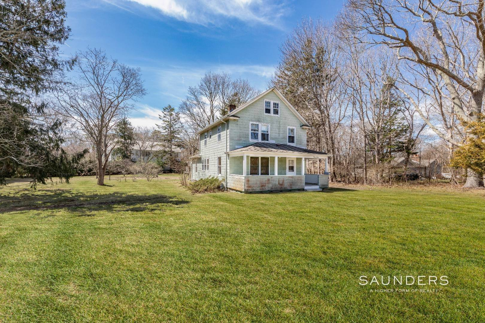 Single Family Homes for Sale at Renovate Or Build New! Prime 1.1 Acres! Eh Village Fringe! 37 Oak View Highway, East Hampton, East Hampton Town, NY 11937