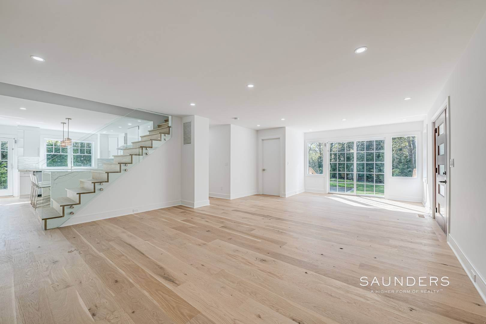 8. Single Family Homes for Sale at Southampton New Renovation Near Village With Heated Gunite Pool 9 West Neck Road, Southampton, Southampton Town, NY 11968