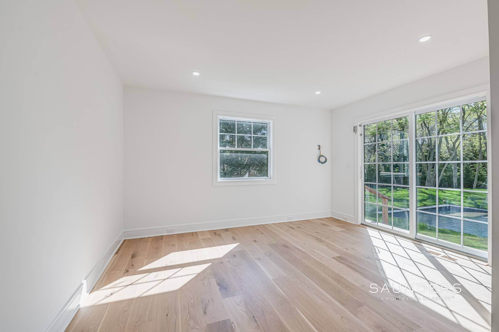 12. Single Family Homes for Sale at Southampton New Renovation Near Village With Heated Gunite Pool 9 West Neck Road, Southampton, Southampton Town, NY 11968
