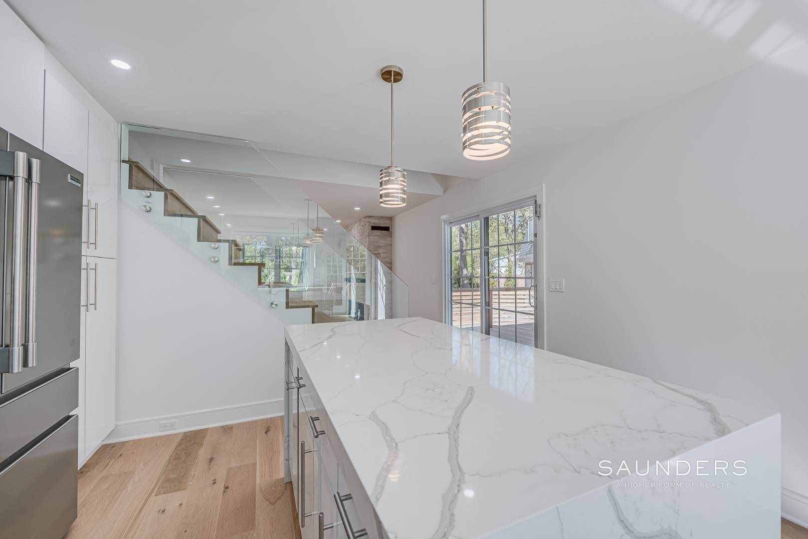 11. Single Family Homes for Sale at Southampton New Renovation Near Village With Heated Gunite Pool 9 West Neck Road, Southampton, Southampton Town, NY 11968