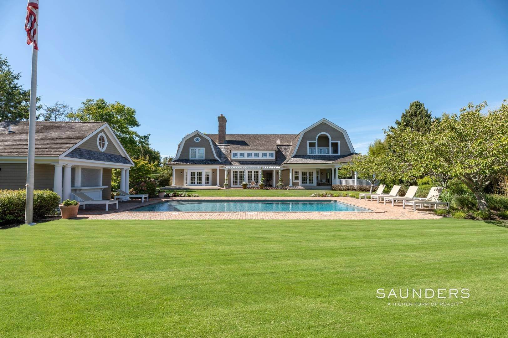 2. Single Family Homes for Sale at Fabulous Bridgehampton Estate Near Ocean Beaches 403 Jobs Lane, Bridgehampton, Southampton Town, NY 11976