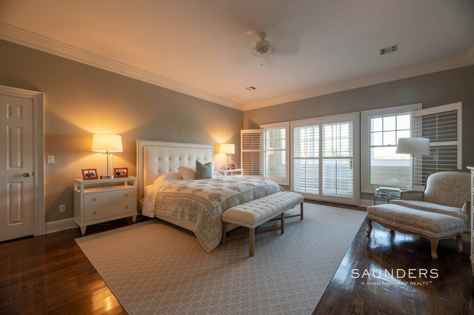 21. Single Family Homes for Sale at Fabulous Bridgehampton Estate Near Ocean Beaches 403 Jobs Lane, Bridgehampton, Southampton Town, NY 11976