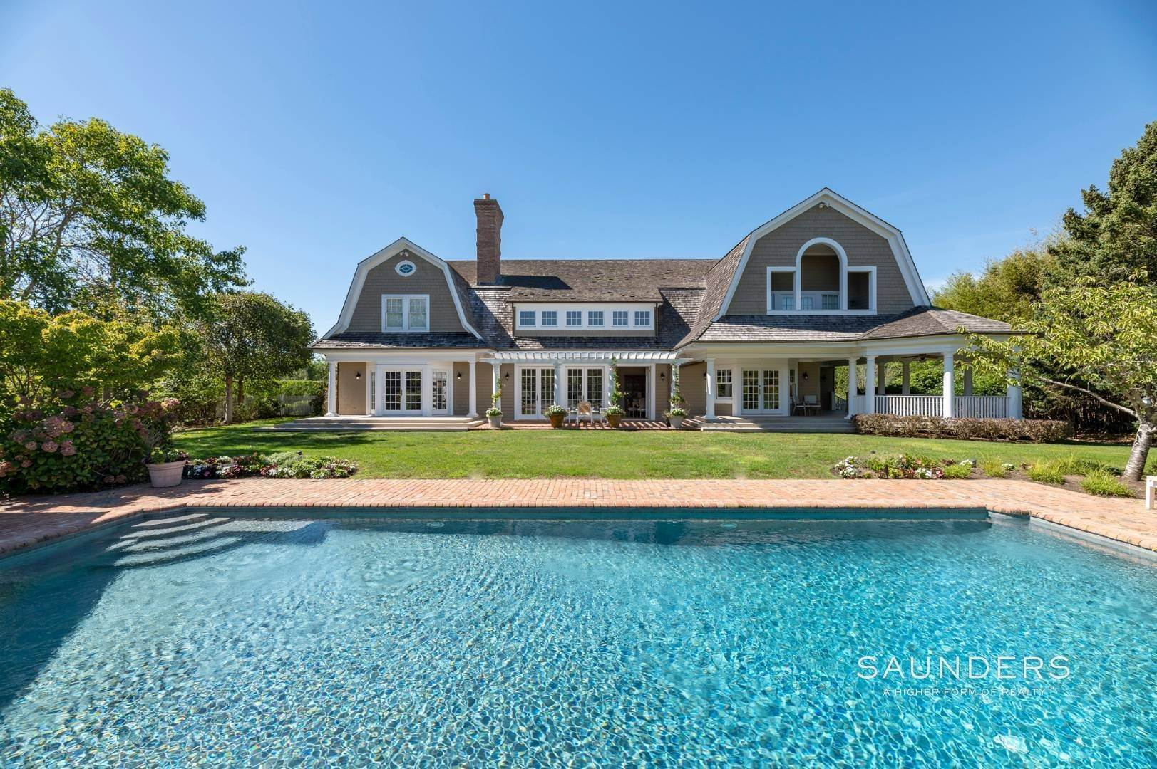 3. Single Family Homes for Sale at Fabulous Bridgehampton Estate Near Ocean Beaches 403 Jobs Lane, Bridgehampton, Southampton Town, NY 11976