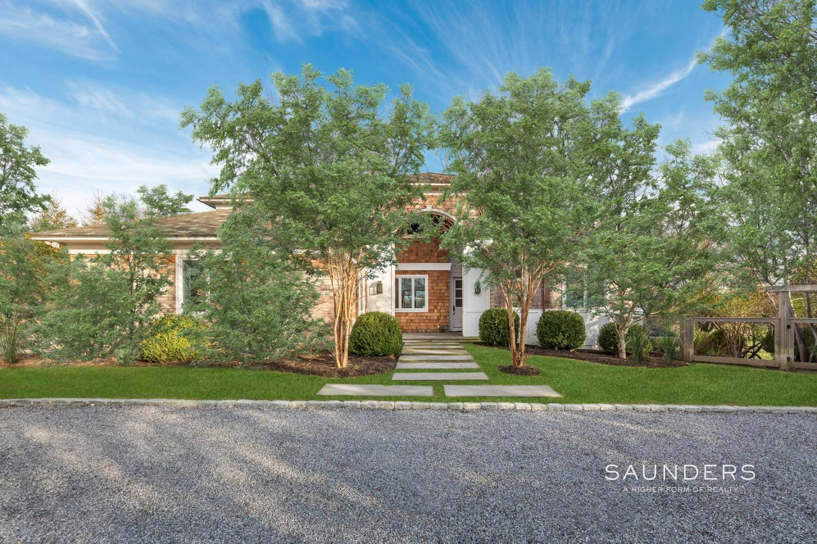Single Family Homes for Sale at Turnkey Masterpiece On The Montauk Golf Course - 5,000+sqft 38 Fairlawn Dr, Montauk, East Hampton Town, NY 11954