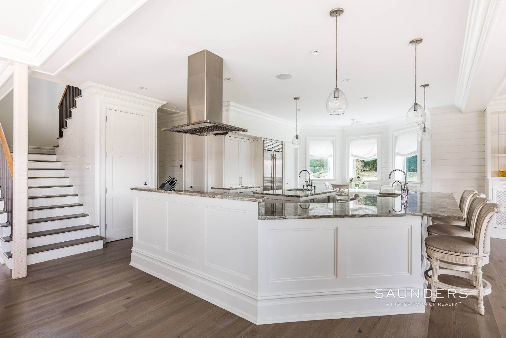 7. Single Family Homes for Sale at Turnkey Masterpiece On The Montauk Golf Course - 5,000+sqft 38 Fairlawn Dr, Montauk, East Hampton Town, NY 11954