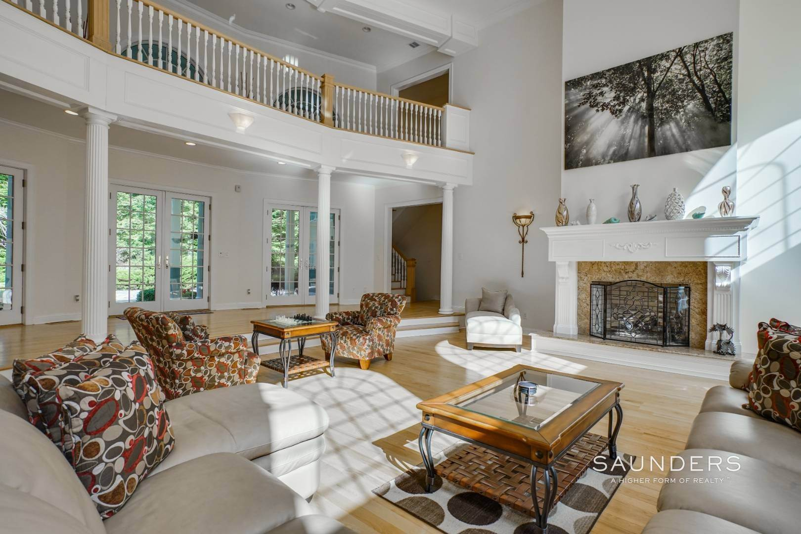 8. Single Family Homes for Sale at Grand Estate In Amagansett Amagansett, East Hampton Town, NY 11930