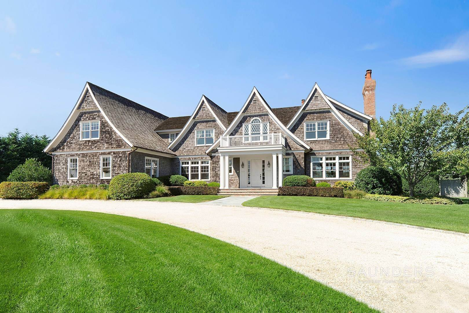 Single Family Homes at Southampton Village Elegance And Grace 3 Halsey Path, Southampton, Southampton Town, NY 11968