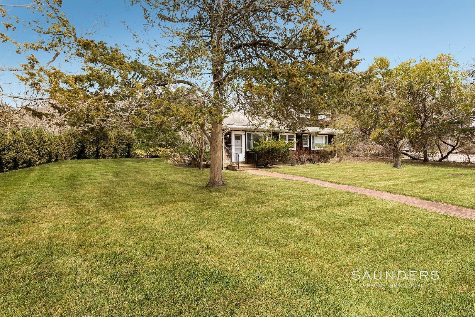 2. Single Family Homes for Sale at Amagansett Lanes Near Bluff Road 121 Hedges Lane, Amagansett, East Hampton Town, NY 11930
