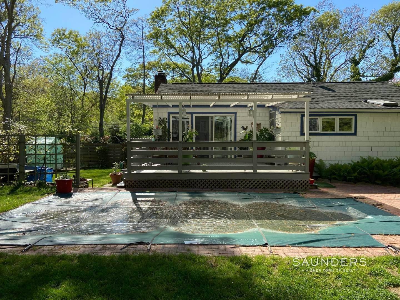 14. Single Family Homes at Best Rental Value In East Hampton 268 Three Mile Harbor Road, East Hampton, East Hampton Town, NY 11937