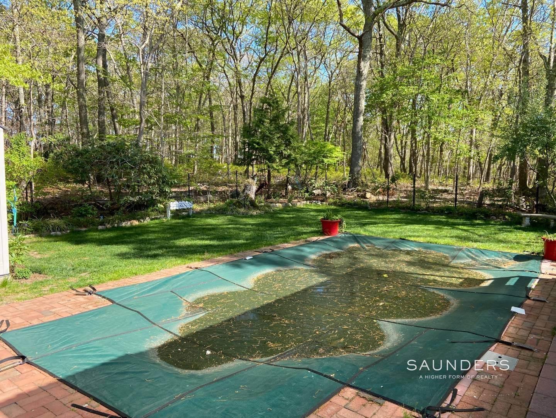 15. Single Family Homes at Best Rental Value In East Hampton 268 Three Mile Harbor Road, East Hampton, East Hampton Town, NY 11937