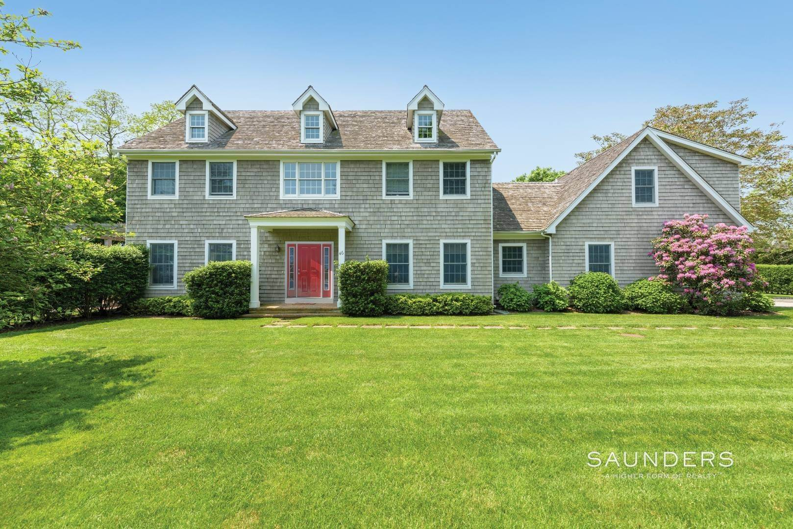 Single Family Homes at Bridgehampton Estate With Tennis 46 Norris Lane, Bridgehampton, Southampton Town, NY 11932