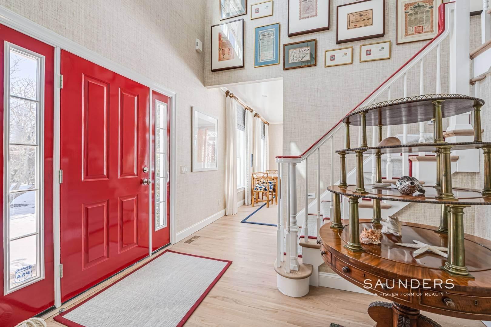7. Single Family Homes at Completely Renovated In Bridgehampton With Pool And Tennis 46 Norris Lane, Bridgehampton, Southampton Town, NY 11932