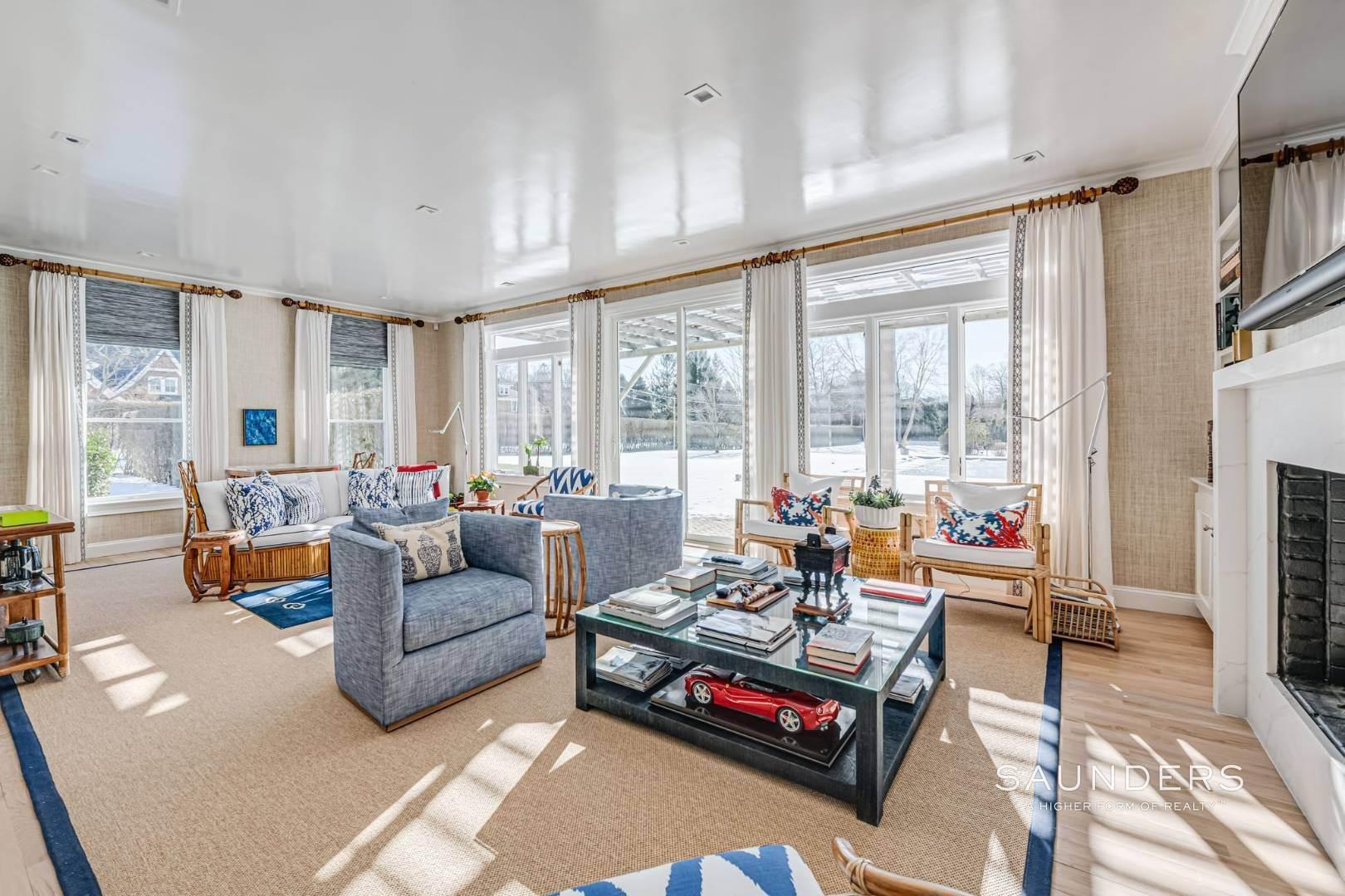 9. Single Family Homes at Completely Renovated In Bridgehampton With Pool And Tennis 46 Norris Lane, Bridgehampton, Southampton Town, NY 11932