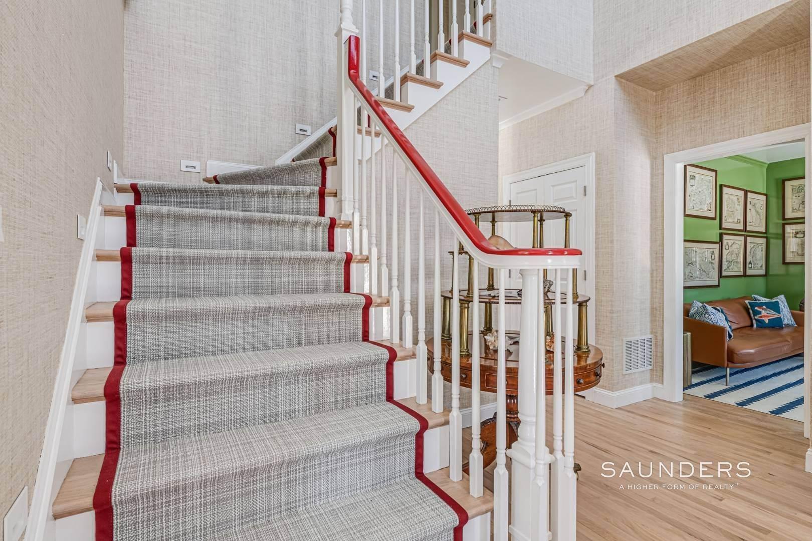 15. Single Family Homes at Completely Renovated In Bridgehampton With Pool And Tennis 46 Norris Lane, Bridgehampton, Southampton Town, NY 11932