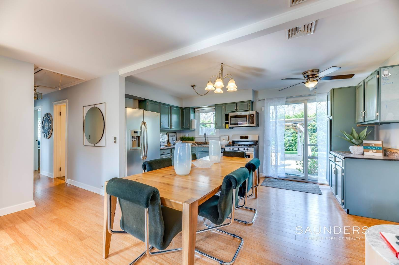 7. Single Family Homes at Sag Harbor Village Getaway Sag Harbor, Southampton Town, NY 11963