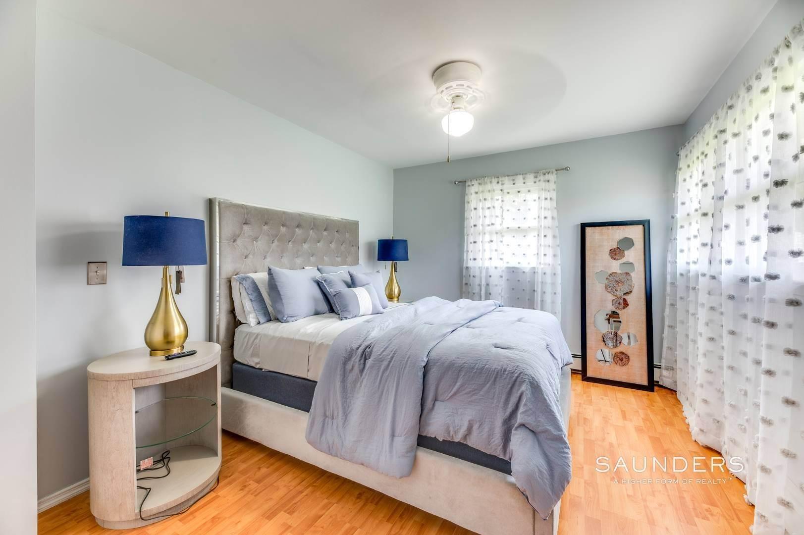 11. Single Family Homes at Sag Harbor Village Getaway Sag Harbor, Southampton Town, NY 11963