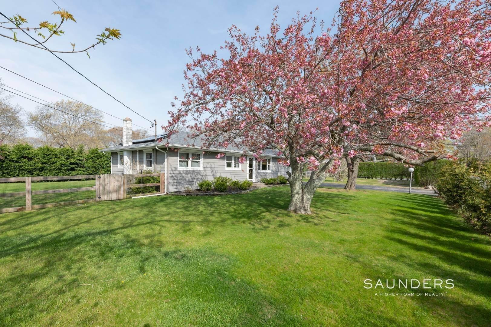 5. Single Family Homes at Sag Harbor Village Getaway Sag Harbor, Southampton Town, NY 11963