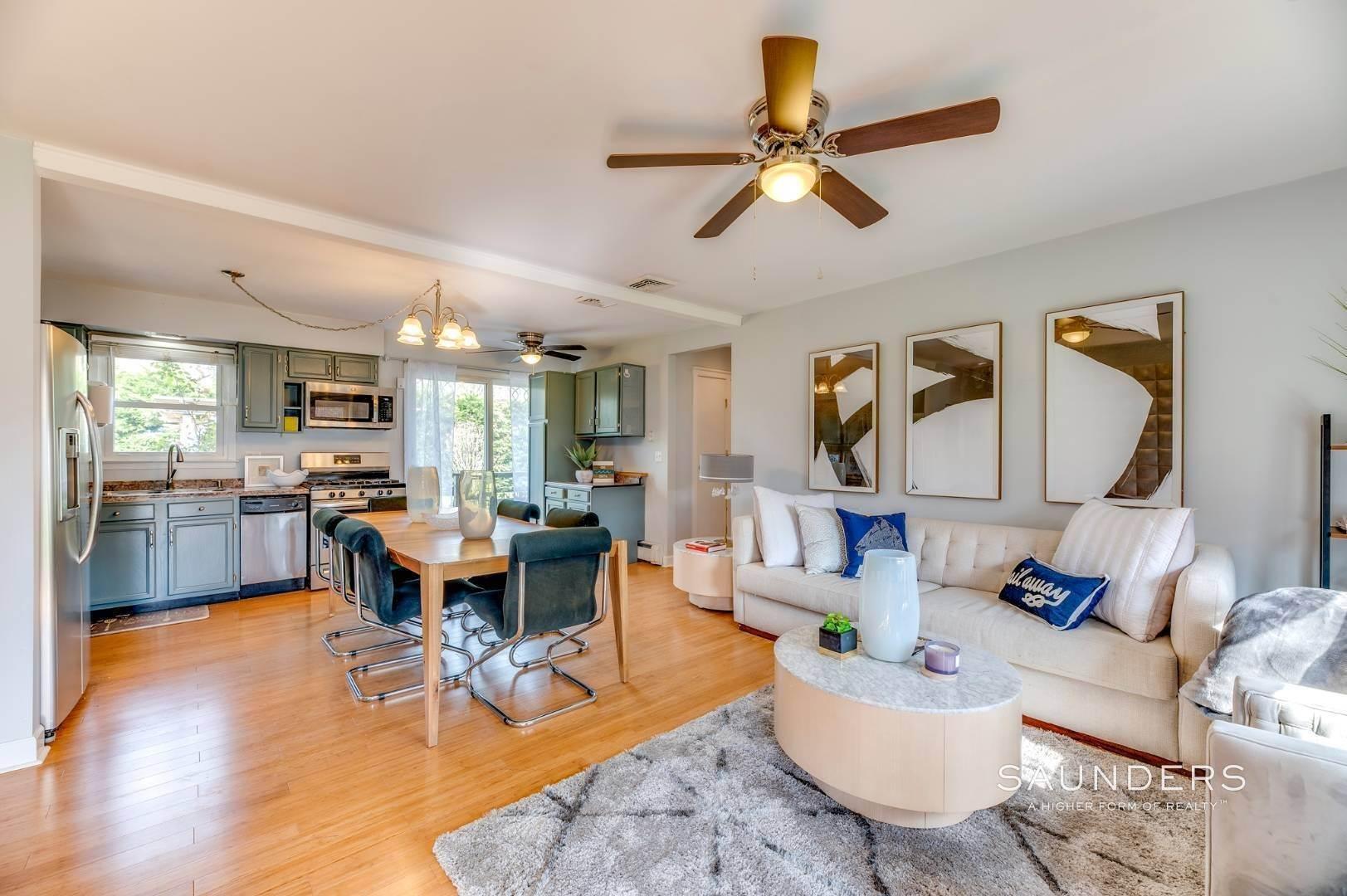 6. Single Family Homes at Sag Harbor Village Getaway Sag Harbor, Southampton Town, NY 11963