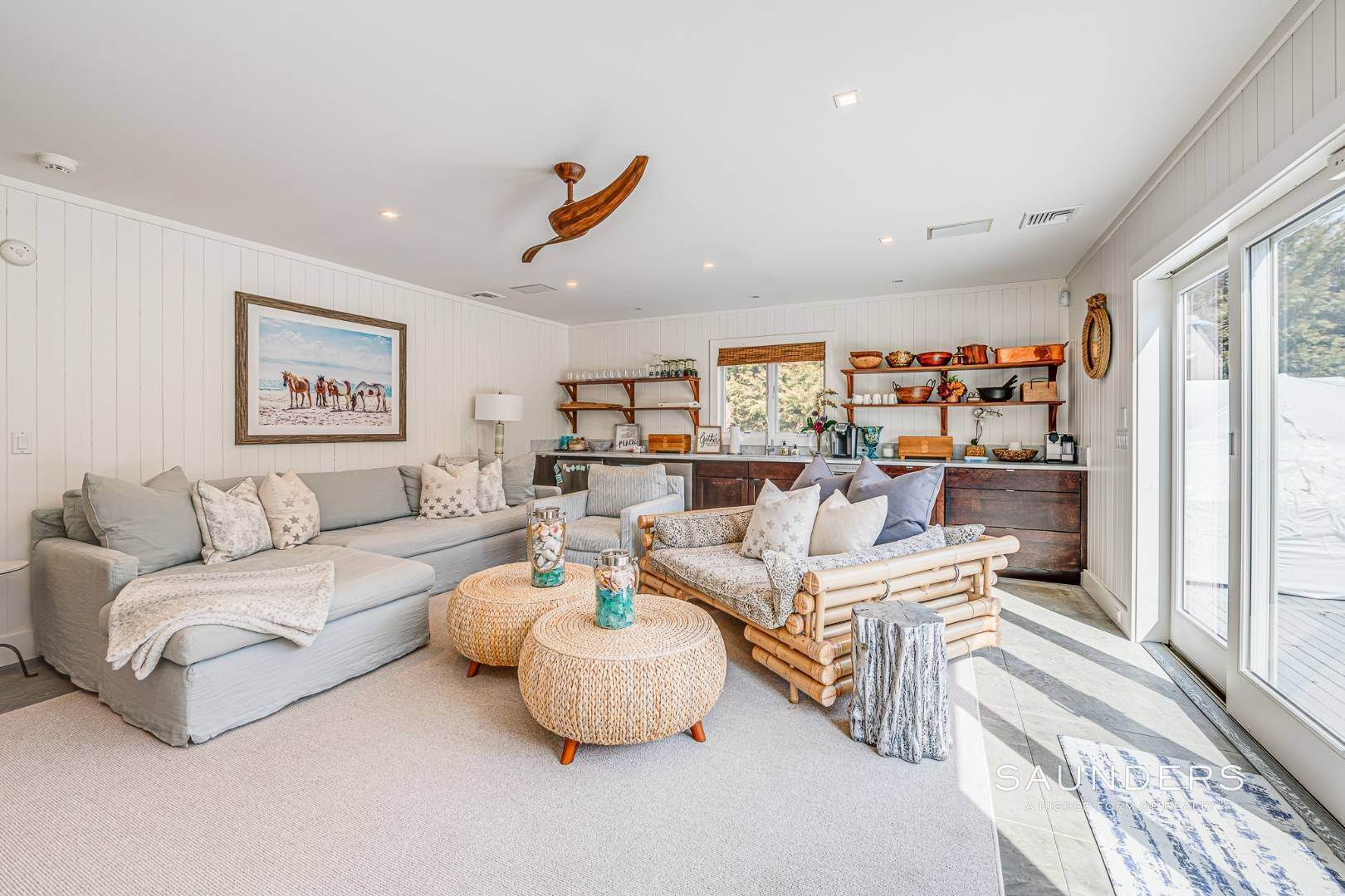 28. Single Family Homes for Sale at Serenity East Awaits 325 Tuckahoe Road, Southampton, Southampton Town, NY 11968
