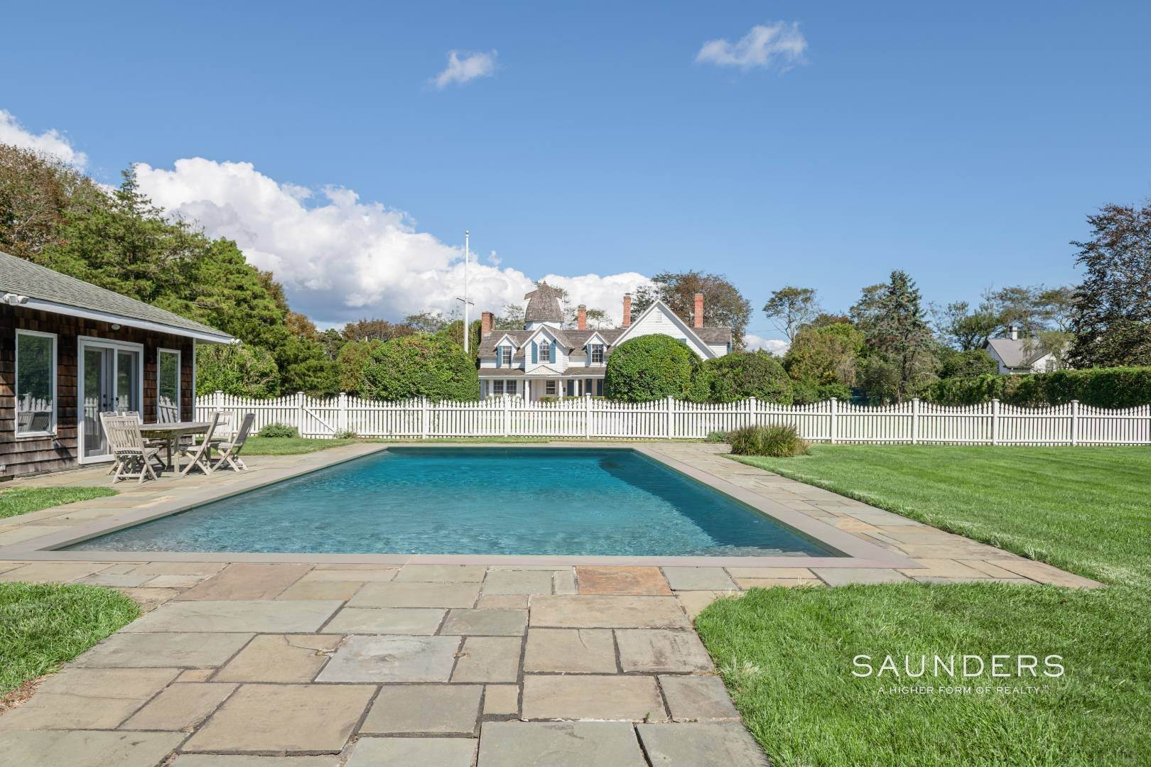 5. Single Family Homes at Westhampton Village Grand Dame With Pool, Tennis & Pool House 15 Sunswyck Lane, Westhampton Beach Village, Southampton Town, NY 11978