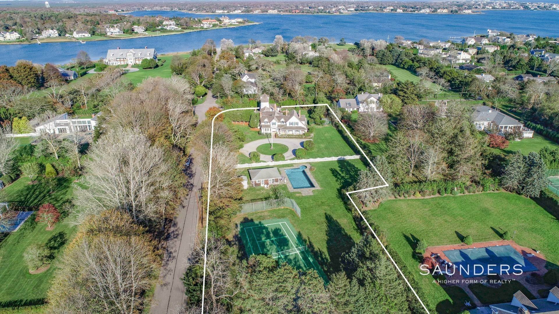 Single Family Homes for Sale at Westhampton Village Grand Dame With Pool, Tennis & Pool House 15 Sunswyck Lane, Westhampton Beach Village, Southampton Town, NY 11978