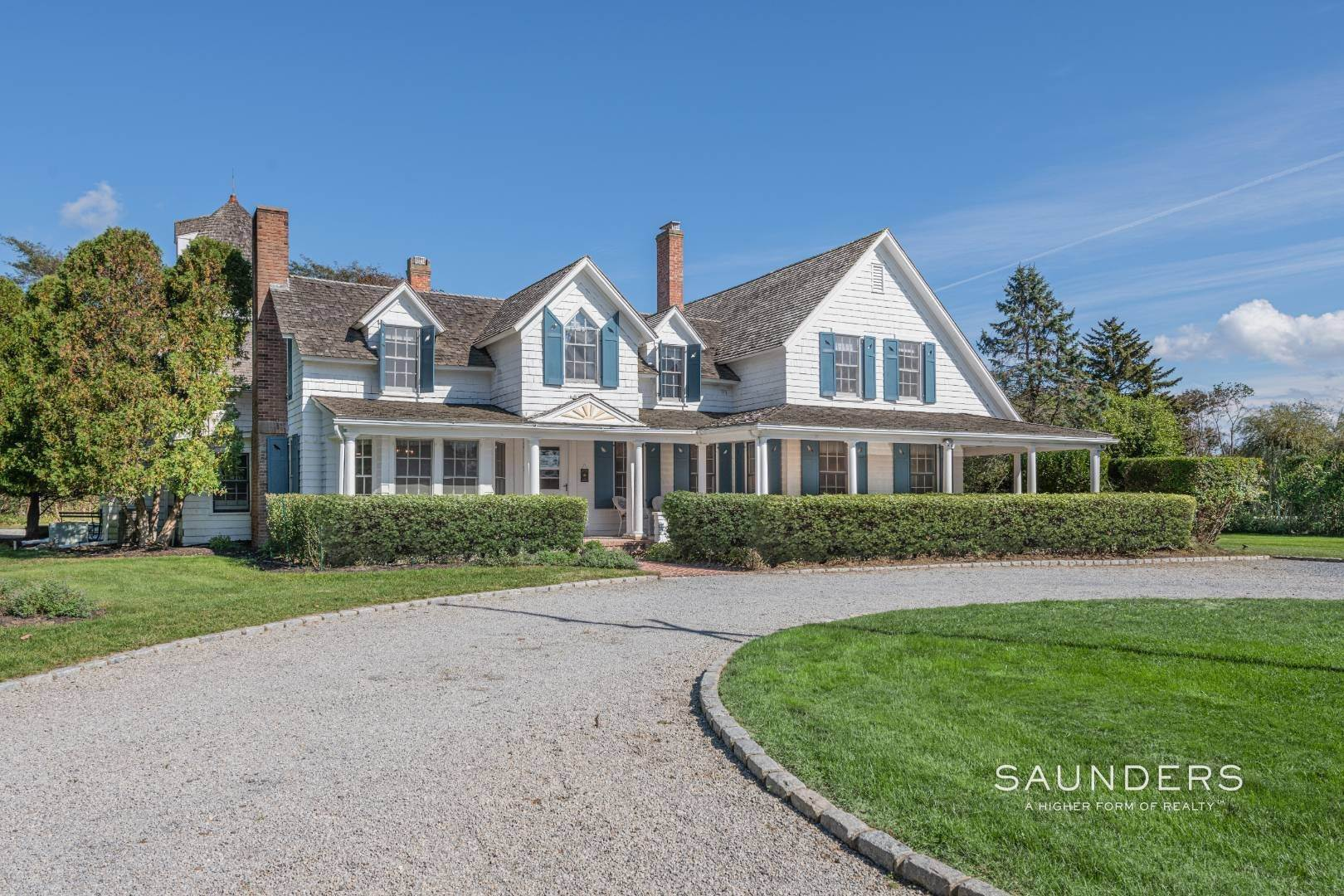 4. Single Family Homes at Westhampton Village Grand Dame With Pool, Tennis & Pool House 15 Sunswyck Lane, Westhampton Beach Village, Southampton Town, NY 11978