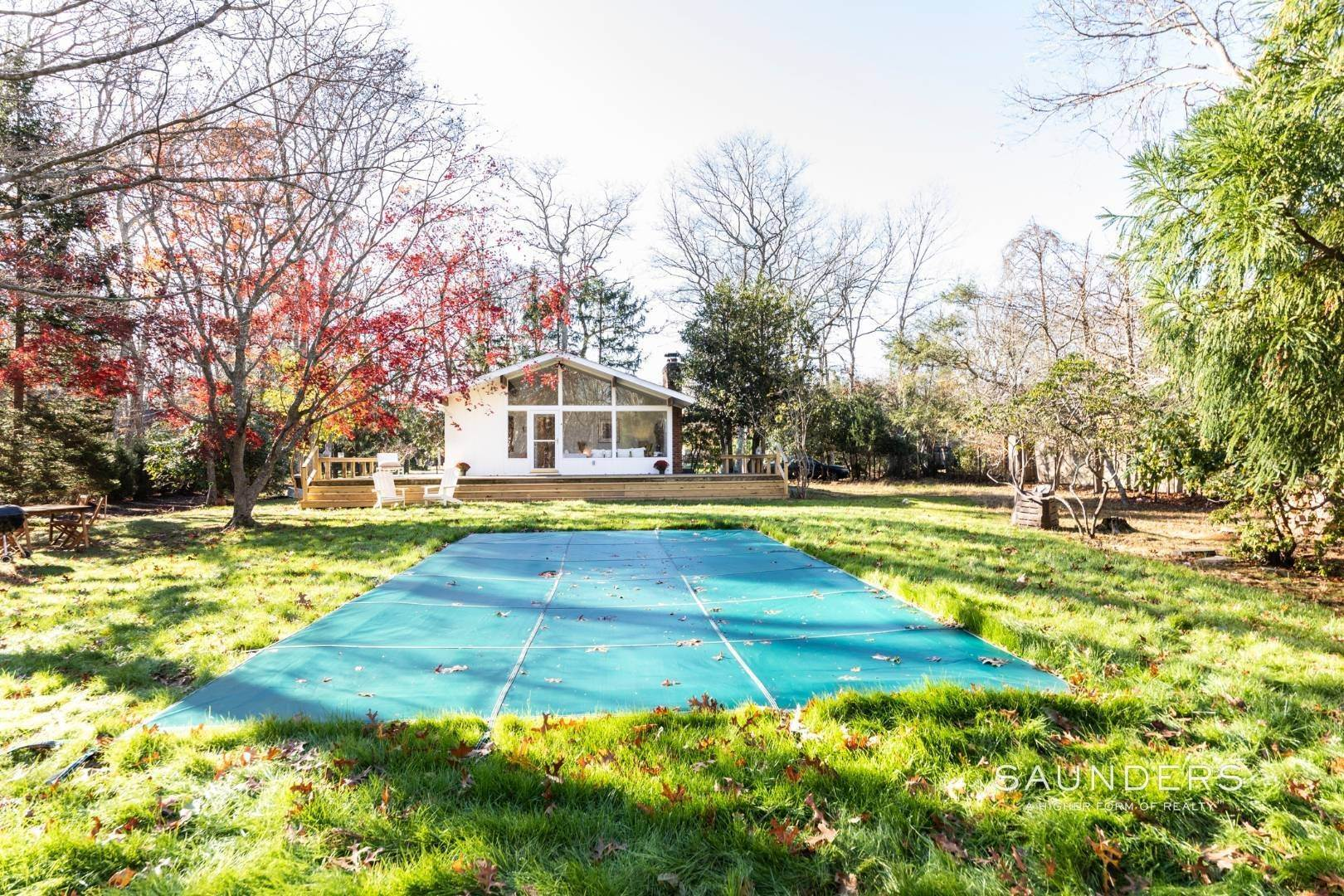 15. Single Family Homes at Charming Cottage East Hampton, East Hampton Town, NY 11937