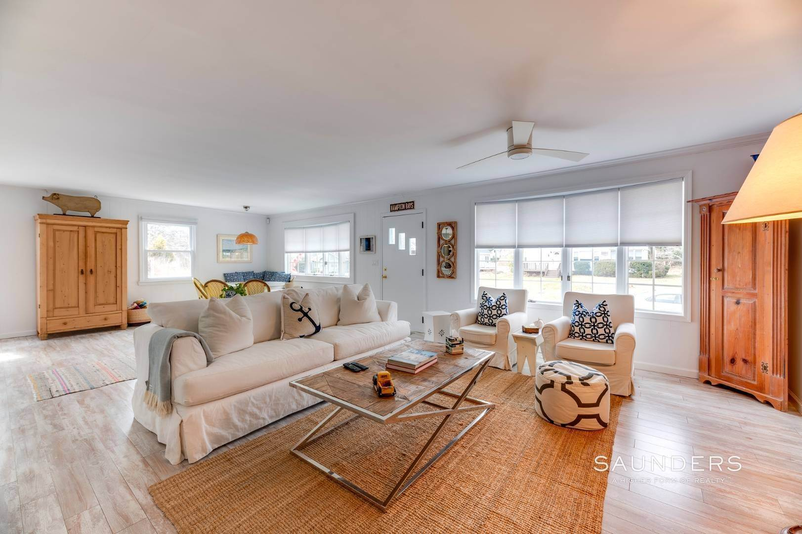 5. Single Family Homes for Sale at Chic Designer Cottage, Heated Pool, Near Bay, East Of Canal 9 Elizabeth Avenue, Hampton Bays, Southampton Town, NY 11946